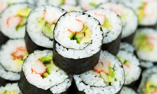 Bài học thuyết phục khách hàng: Người Nhật bán được 2 tỷ USD tiền Sushi tại Mỹ