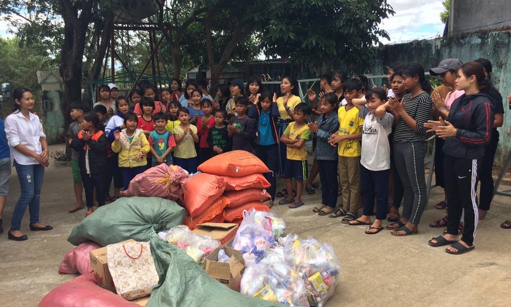 Chương trình từ thiện cho các cháu mồ côi, khuyết tật tại Gia Lai, Kon Tum