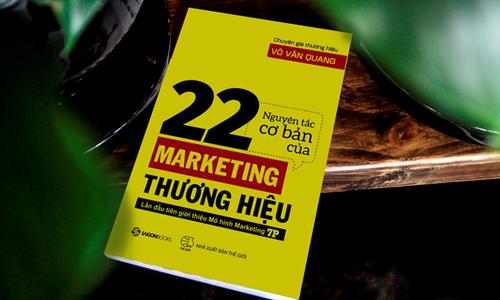 Chuyên gia giới thiệu mô hình marketing 7P qua sách mới