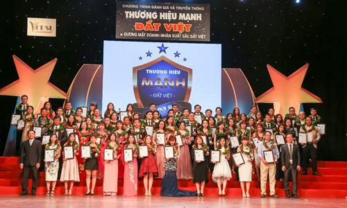 See The World Travel nhận giải Thương hiệu mạnh đất Việt