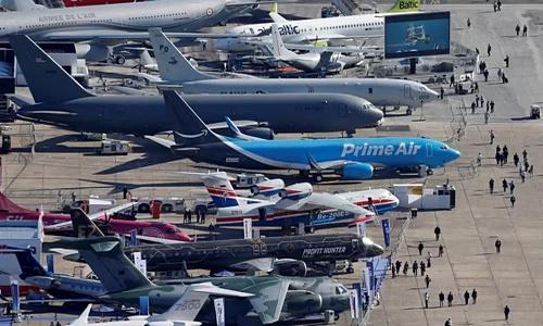 Việt Nam lần đầu tổ chức triển lãm hàng không