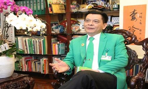 Ong chu Mai Linh: Chung toi khong kien, phai hoc hoi Uber, Grab