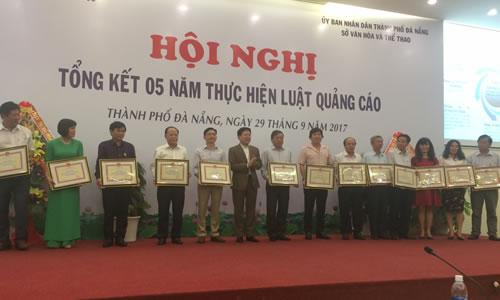 Hoi nghi tong ket 5 nam thuc hien Luat Quang cao