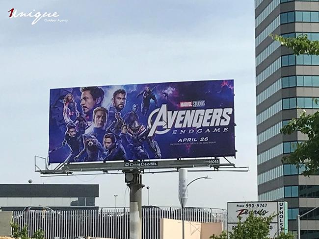bom-tan-avengers-endgame-va-nhung-billboard-quang-cao-cuc-khung-11